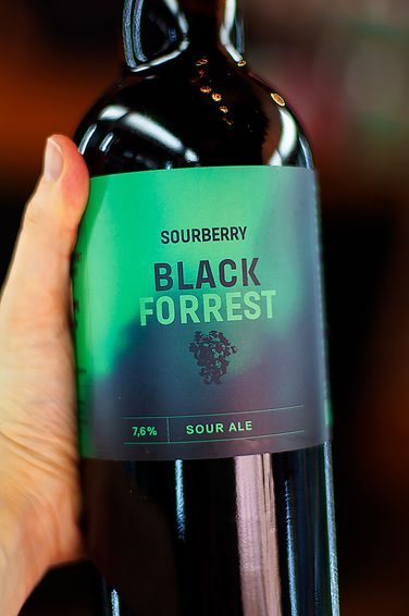 FALKON SOURBERRY BLACK FORREST 0,75L