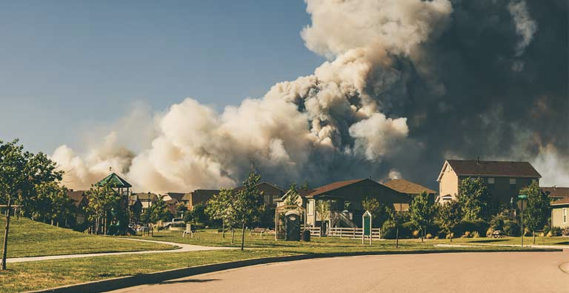 Smoke from wildfires over residential area
