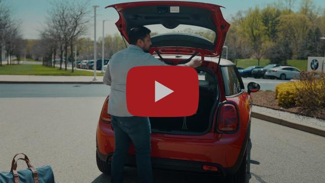 MINI USA | The MINI Cooper SE Walkaround